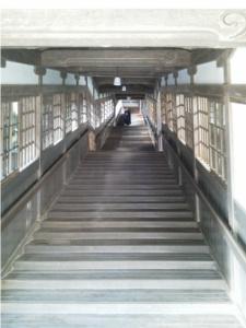 永平寺の長い階段