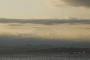 江ノ島大橋からの富士山